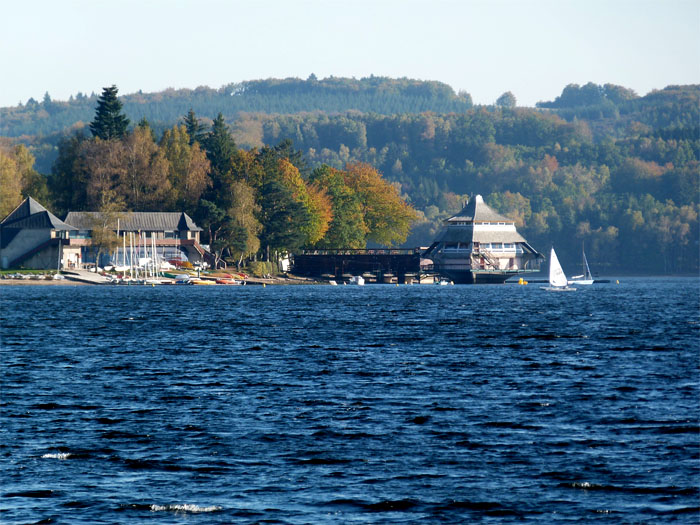 Le morvan des lacs avec un ne tourisme et randonn e en - Chambre d hote lac des settons ...